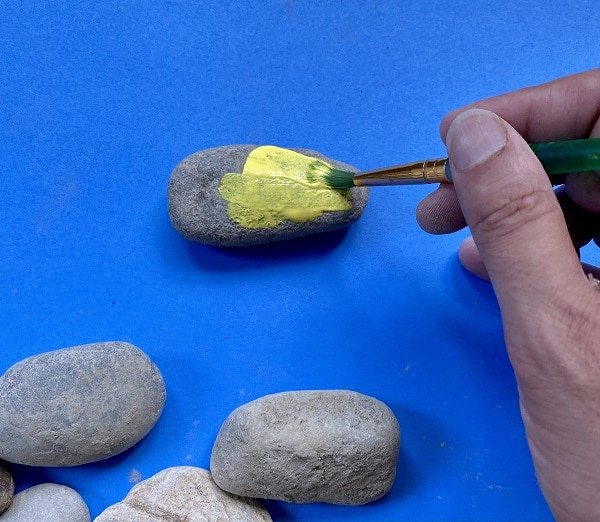 How to paint rocks for kids art projects